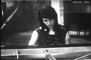 Chopin – Mazurka Op. 59 No. 1 – Argerich, Piano