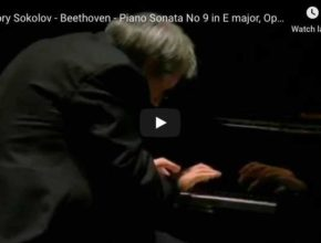 Beethoven - Sonata No 9 in E Major, Rondo - Sokolov, Piano