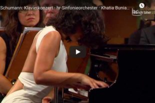 Schumann - Concerto in A Minor - Khatia Buniatishvili, Piano