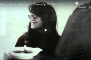Beethoven – Piano Sonata No 21 in C Major (Waldstein) – Argerich, Piano