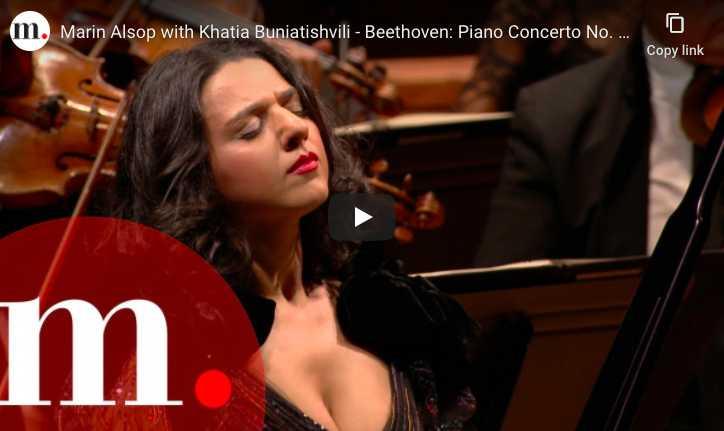 Khatia Buniatishvili perfomrs Beethoven's Piano Concerto No. 1 in C Major