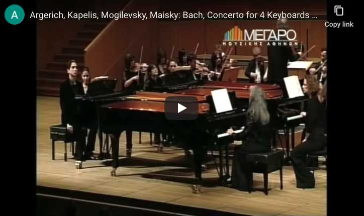 The pianists Argerich, Kapelis, Mogilevsky, Maisky, perform Bach's concerto for 4 keyboards on modern pianos