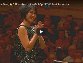 Yuja Wang performs Schumann's piano concerto in A minor